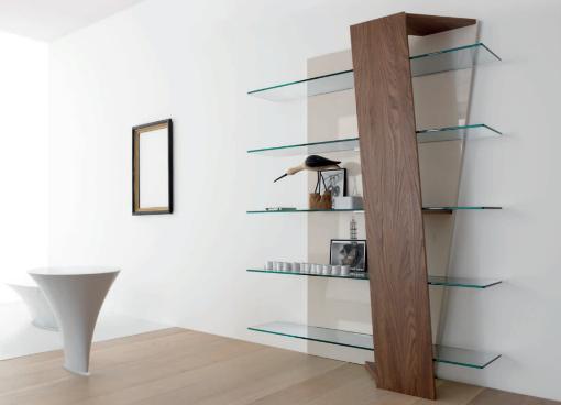 Стеклянные полки на стену: идеи дизайна и применение в интерьере