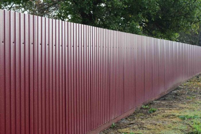 Что следует учитывать выбирая временный забор?