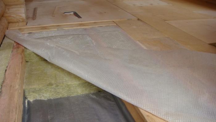 Гидроизоляция деревянного пола по лагам