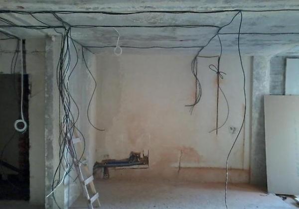 Монтаж электропроводки своими руками: в квартире, в деревянном доме + видео уроки
