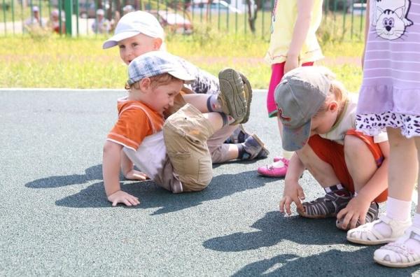 Резиновое покрытие для детских площадок безопасная игровая зона