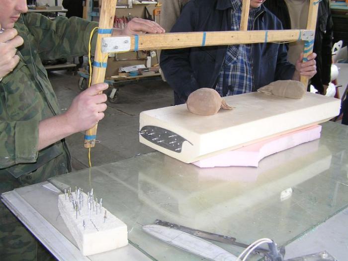 станки для резки пенопласта своими руками