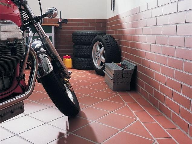 Чем побелить гараж внутри