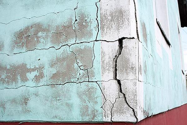 Почему штукатурка трескается при высыхании на стенах цементным раствором сухой бетон в мешках купить в барнауле