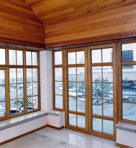 Дверь из гостиной на террасу