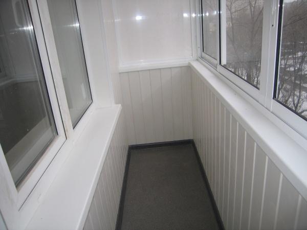 Ремонт небольшого балкона балкон застеклить цена