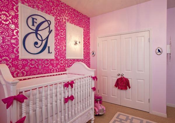 Розовые обои 49 фото красивые однотонные обои темно- или нежно-розового цвета розы и небо на стенах в интерьере
