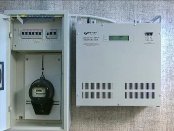 Подсоединить стабилизатор напряжения для дома чем отличаются релейные стабилизаторы напряжения