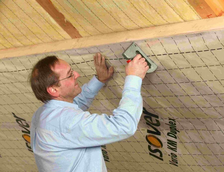 Как укладывать парогидроизоляцию на потолок