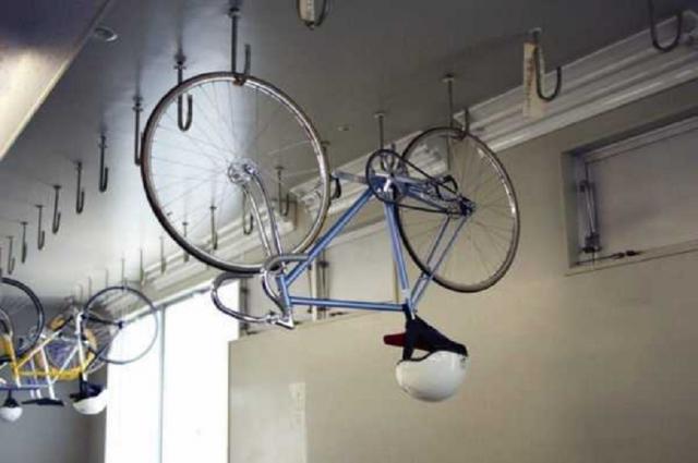 Крепление велосипеда к потолку