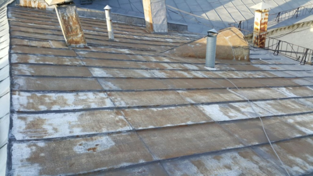 Чем покрасить оцинкованную крышу