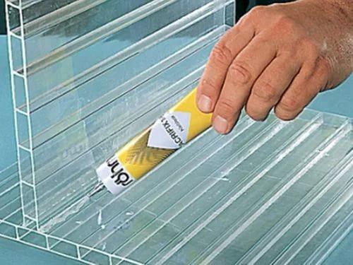 Клей для сотового поликарбоната и монолитного