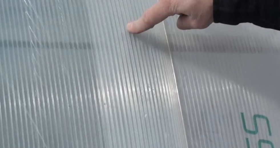 Крепление поликарбоната к металлическому каркасу: чем и как правильно крепить