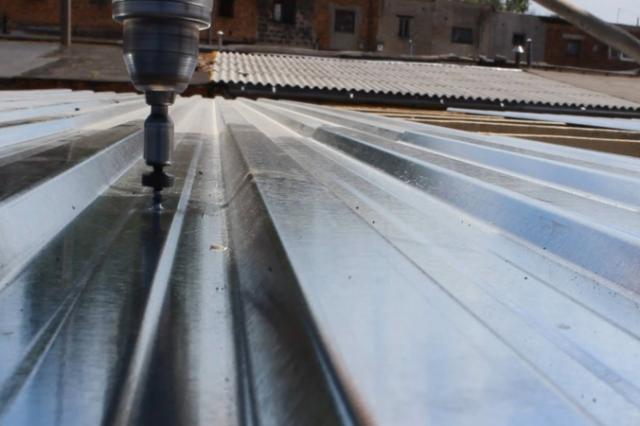 Саморезы для профлиста по металлу: сколько нужно, как рассчитать, нормы