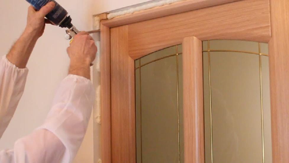 Как собрать межкомнатную дверь своими руками пошагово