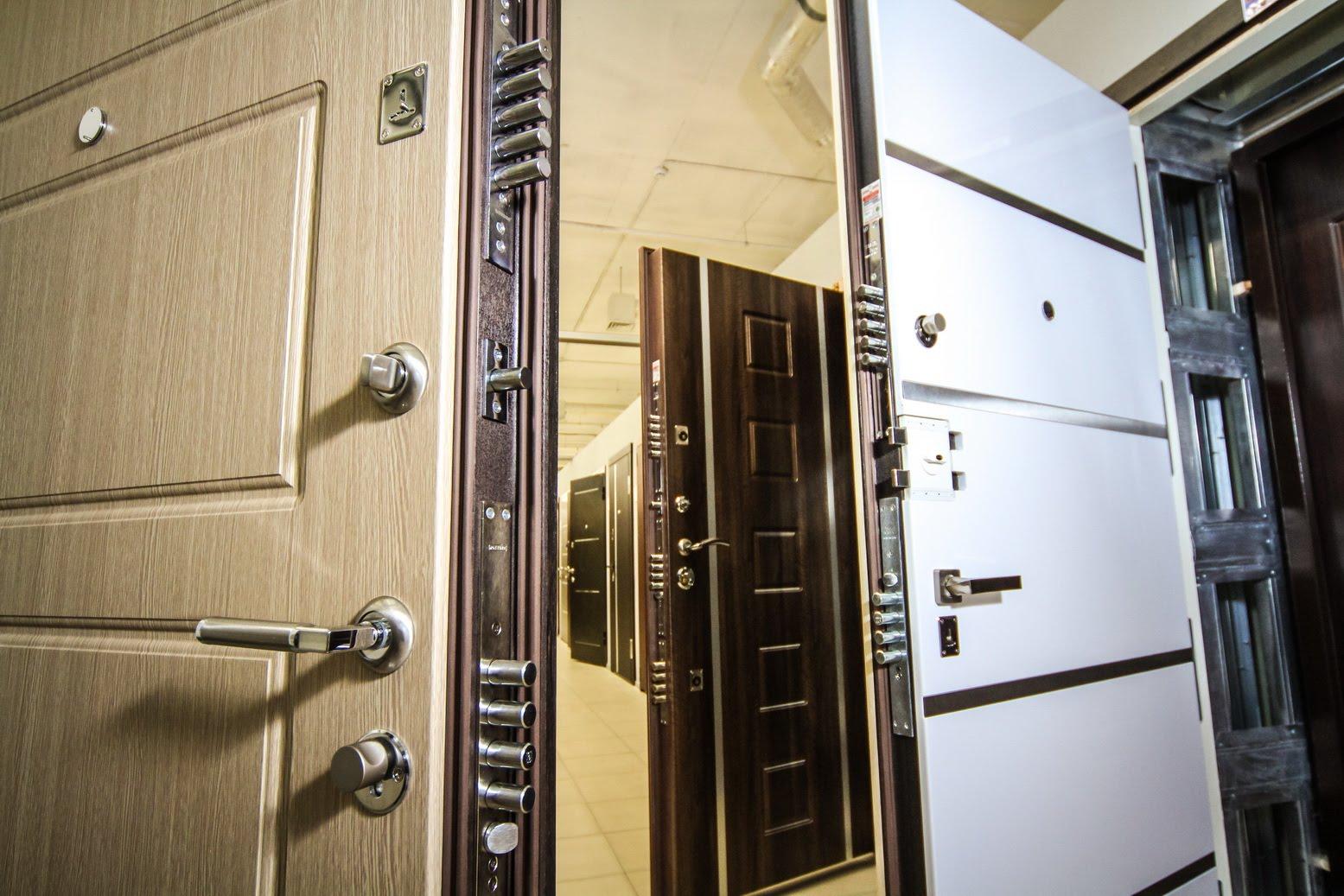 Входная дверь в квартиру  какую выбрать - обзор лучших дверей