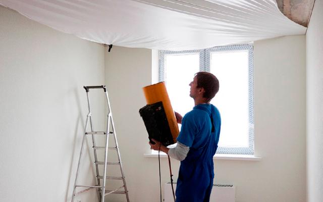 Гарпунная система крепления натяжных потолков: устройство, демонтаж, фото