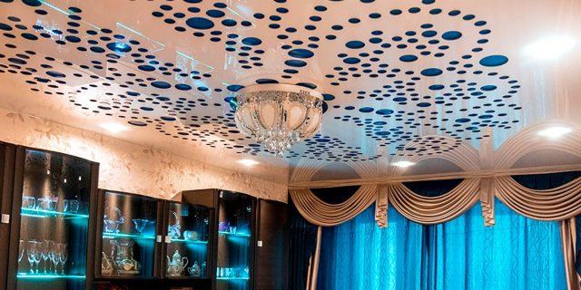 Перфорированные натяжные потолки: фото в интерьере, виды