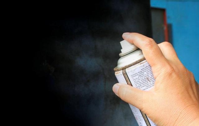 Порошковая покраска профлиста: можно ли покрасить своими руками, какую краску выбрать