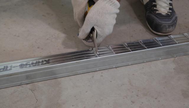 Крепление подвеса для гипсокартона: размеры и виды, фото