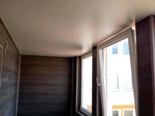 Натяжной потолок в неотапливаемом помещении: зимой, можно ли делать, отзывы