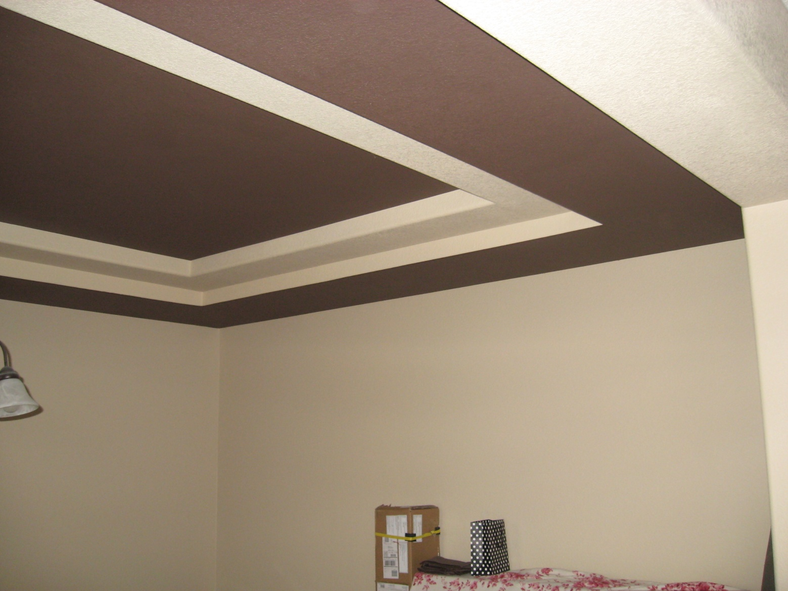 Реечные алюминиевые потолки на кухне фото отогните