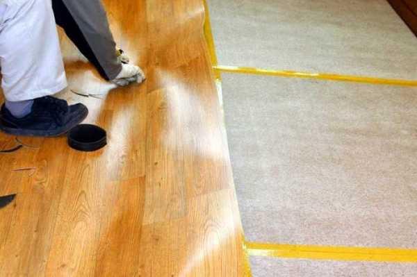 Как разгладить линолеум на полу утюжком: волны, пузыри и заломы