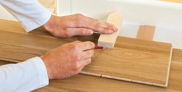 Стыковка ламината и плитки без порожка: современные методы