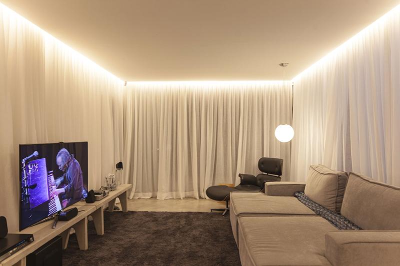 Одноуровневые натяжные потолки 42 фото дизайн одноуровневых простых конструкций белого цвета