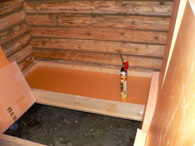 Утеплить пол в бане пеноплексом: плюсы и минусы, особенности монтажа