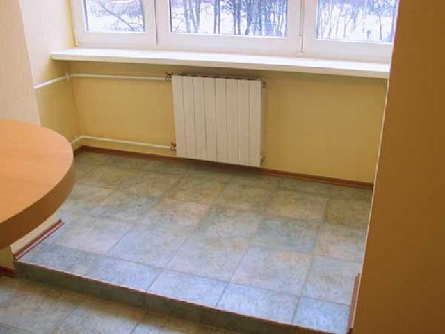 Монтаж плитки на балконе своими руками: как положить, фото