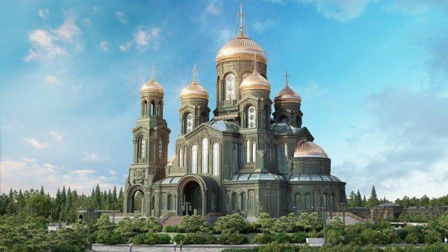В честь 75-летия победы построен Храм Воскресения Христова, главный храм ВВС РФ.
