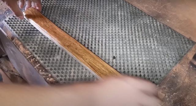 Как сделать складной шезлонг из дерева своими руками