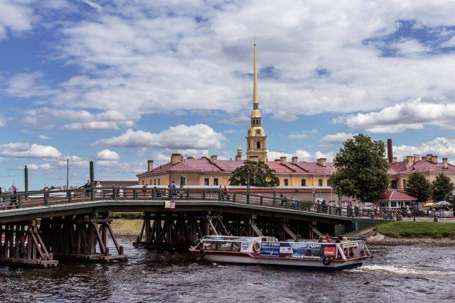 В Санкт-Петербурге приступают к восстановлению деревянного Кронверкского моста