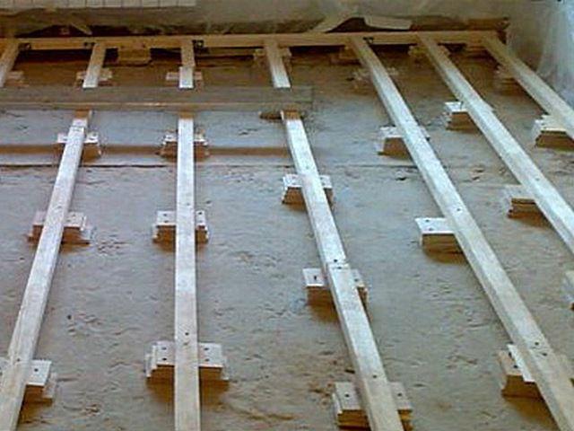 Как правильно положить и закрепить лаги к бетонному полу