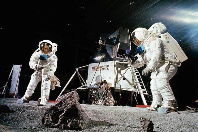 Совсем скоро на Луне начнут делать строительные материалы