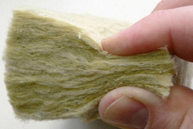 Минвата или базальтовая плита: что лучше, это одно и то же или нет
