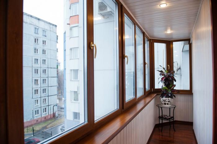 Внутренняя отделка балкона с холодным остеклением. Внутренняя отделка  балкона при холодном остеклении