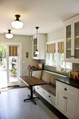 Bench seating for dining room