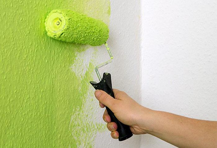 Покраска стен вместо обоев своими руками