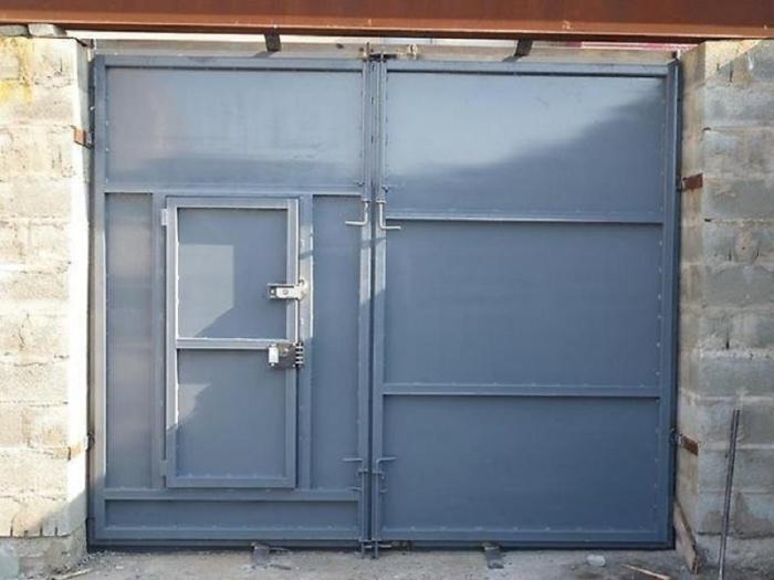 Как сделать железные ворота для гаража своими руками