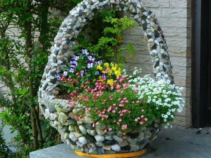 Клумба своими руками для сада
