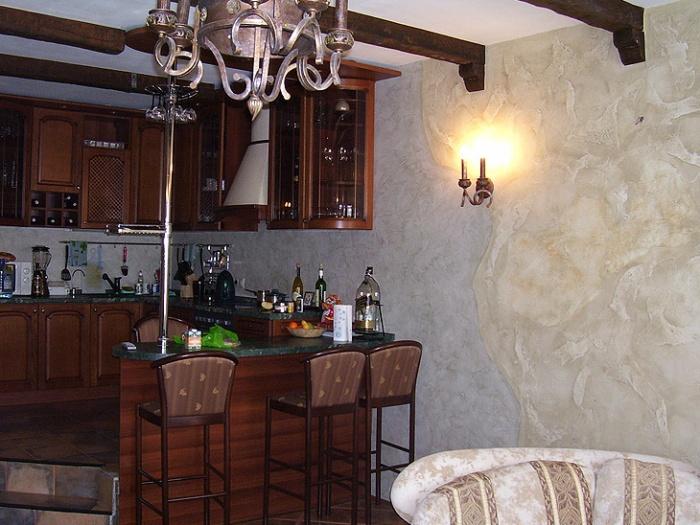 Жидкие обои на кухне фото
