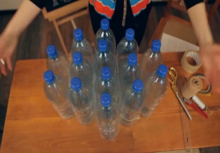 Пуфик из пластиковых бутылок своими руками пошагово 6