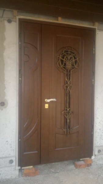 The video presents the features of the elite doors their distinctive characteristics useful tips on the operation and installation of these devices & Elite doors