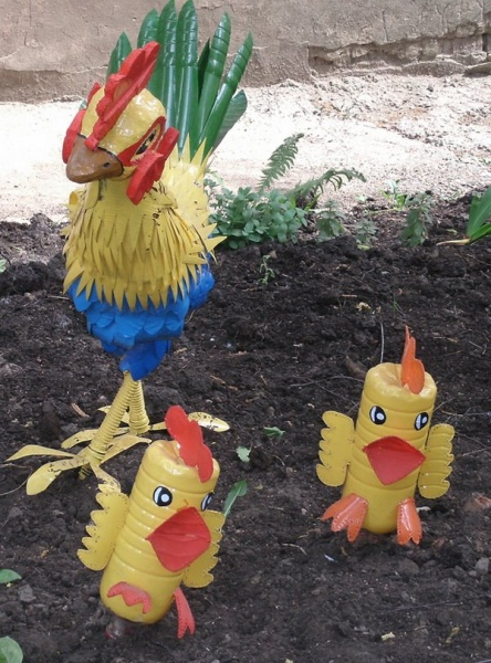 Цыплята из пластиковых бутылок пошагово