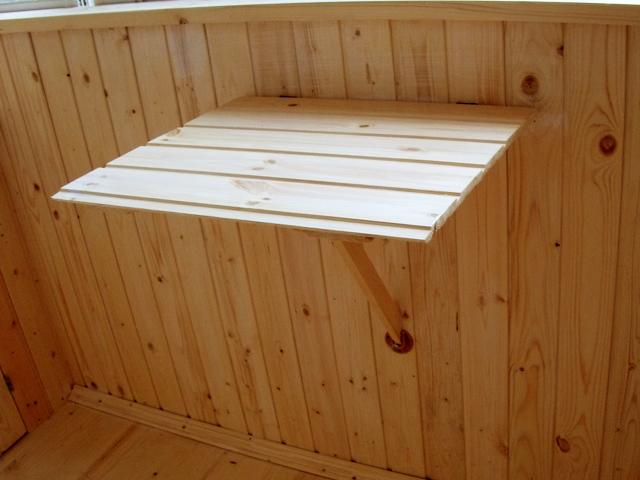 Столик складной для балкона