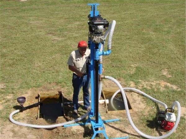 Как узнать на какой глубине водоносный слой