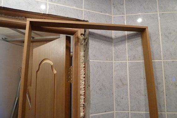 Установка межкомнатных дверей с доборами своими руками