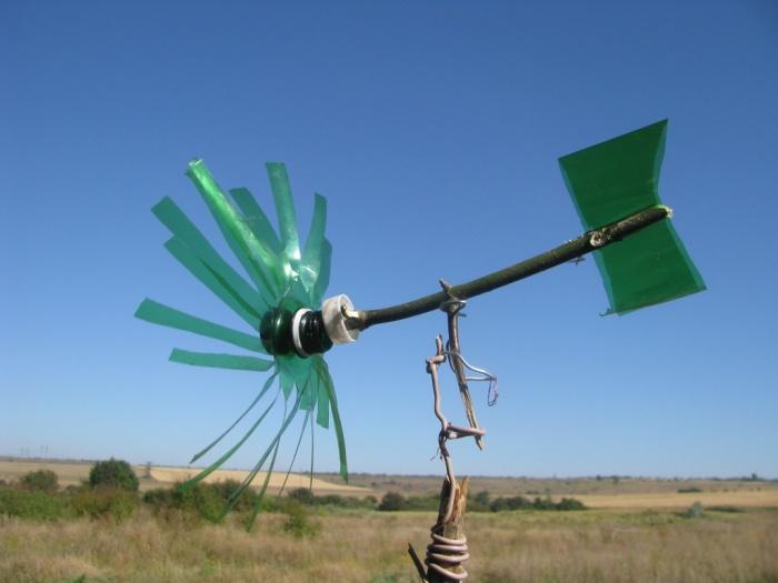 Вертушки на огород своими руками 52